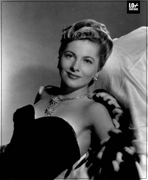 JOAN FONTAINE FALLECE004LO+