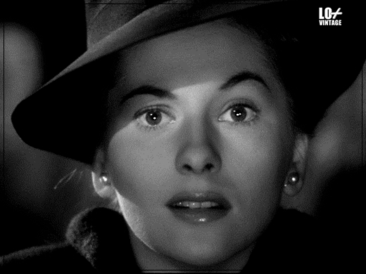 JOAN FONTAINE FALLECE005LO+