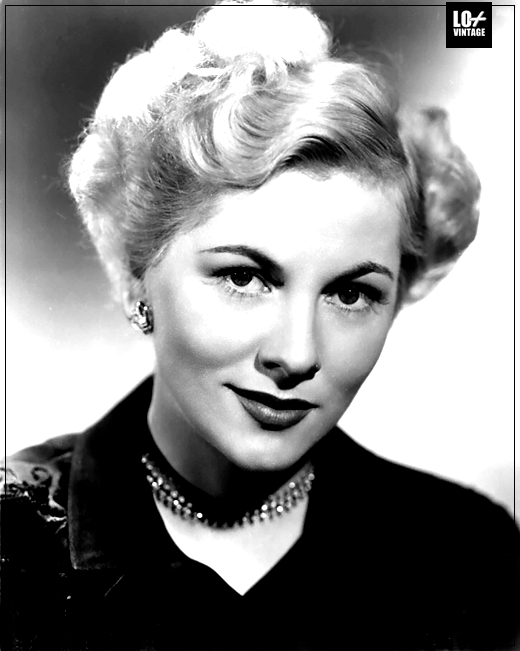 JOAN FONTAINE FALLECE007LO+