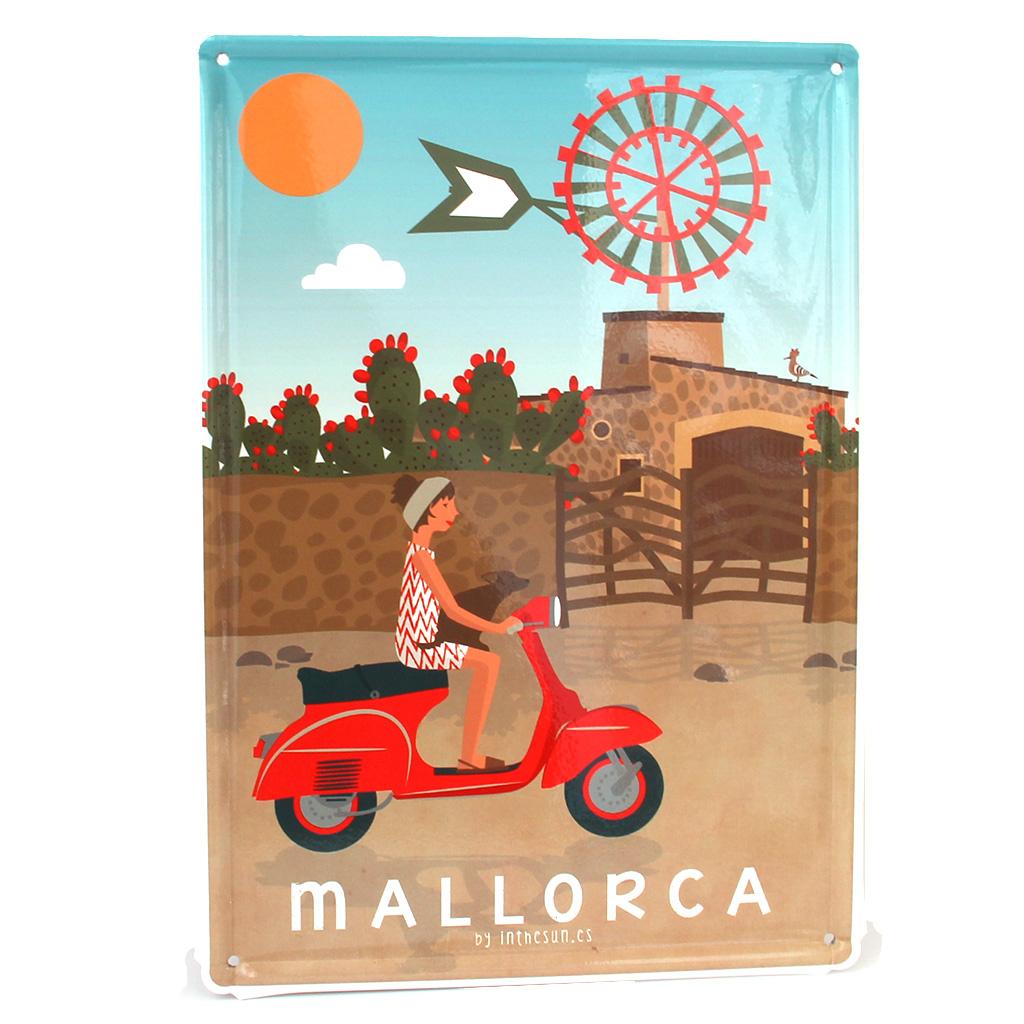 Mallorca calienta motores: prepara tu viaje de tiendas vintage en mallorca
